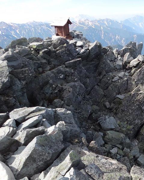表銀座縦走⑥ 槍ヶ岳 山頂 から ヒュッテ大槍まで