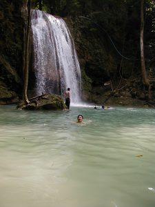 タイ カンチャナブリートレッキングツアー 滝壺