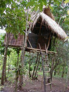 タイ カンチャナブリートレッキングツアー ツリーハウス