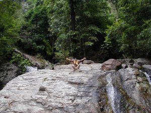 タイ カンチャナブリートレッキングツアー 洞窟