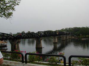タイ カンチャナブリートレッキングツアー 戦場に架ける橋