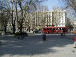 スペイン マドリード プラド美術館 から通りを眺める