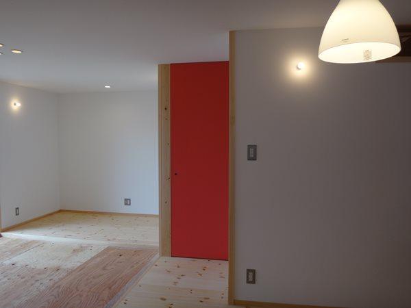 FrameWork設計事務所 畳リビングのある家 黒板塗装