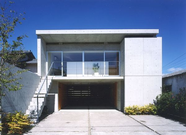岐阜のFrameWork設計事務所の物件「七郷の家」 コンクリート打ち放しの住宅