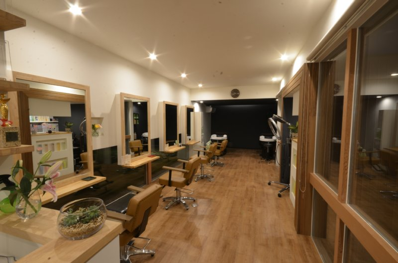 岐阜のFrameWork設計事務所の物件「美容室 Frank」 夜