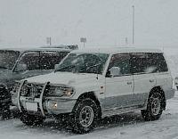 パジェロで岐阜県の世界遺産白川郷へ ひるがの高原SA 雪がたくさん降ってきました