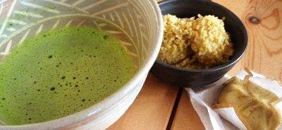 中津川の栗きんとん と お抹茶