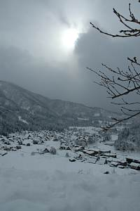 岐阜県の世界遺産白川郷へ 雪の合掌造り 展望台から