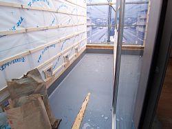 岐阜のFrameWork設計事務所の現場「上土居の家」 FRP防水完了