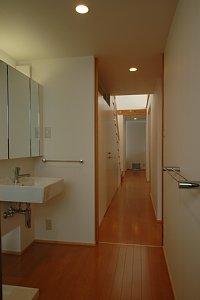 岐阜のFrameWork設計事務所の物件「西中島の家」の洗面です。