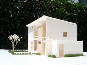 岐阜のFrameWork設計事務所の物件「西中島の家」の模型です