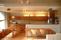 岐阜 FrameWork設計事務所 七郷の家 リビングからダイニング キッチンの眺め